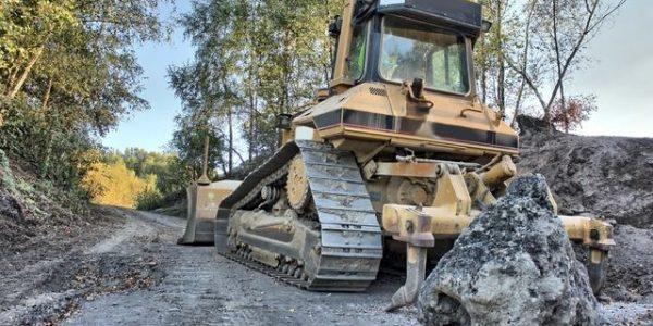 ביצוע עבודות עפר וניקוז